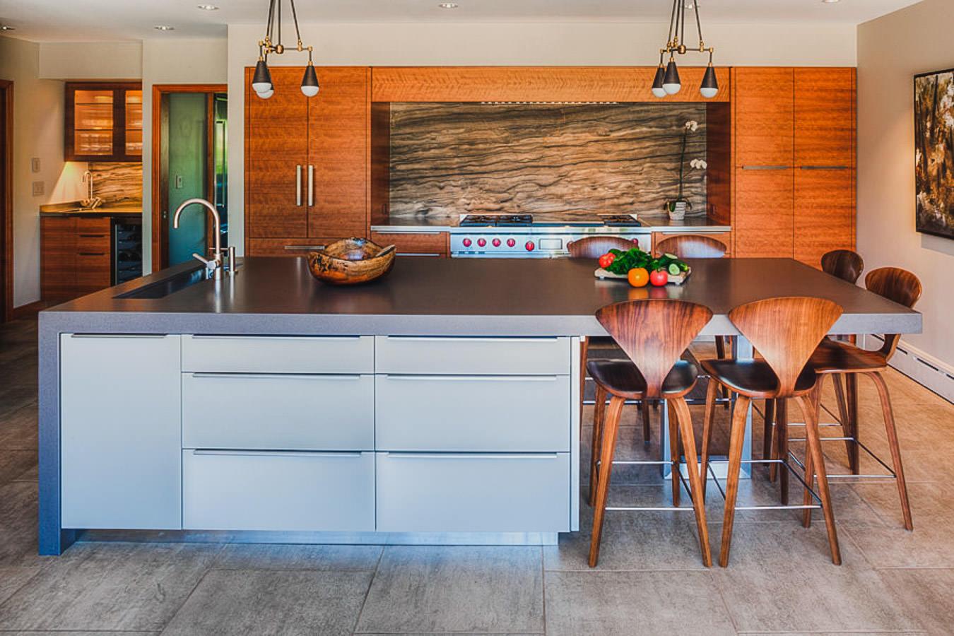 Stayton Oregon | Custom Furniture & Cabinetry