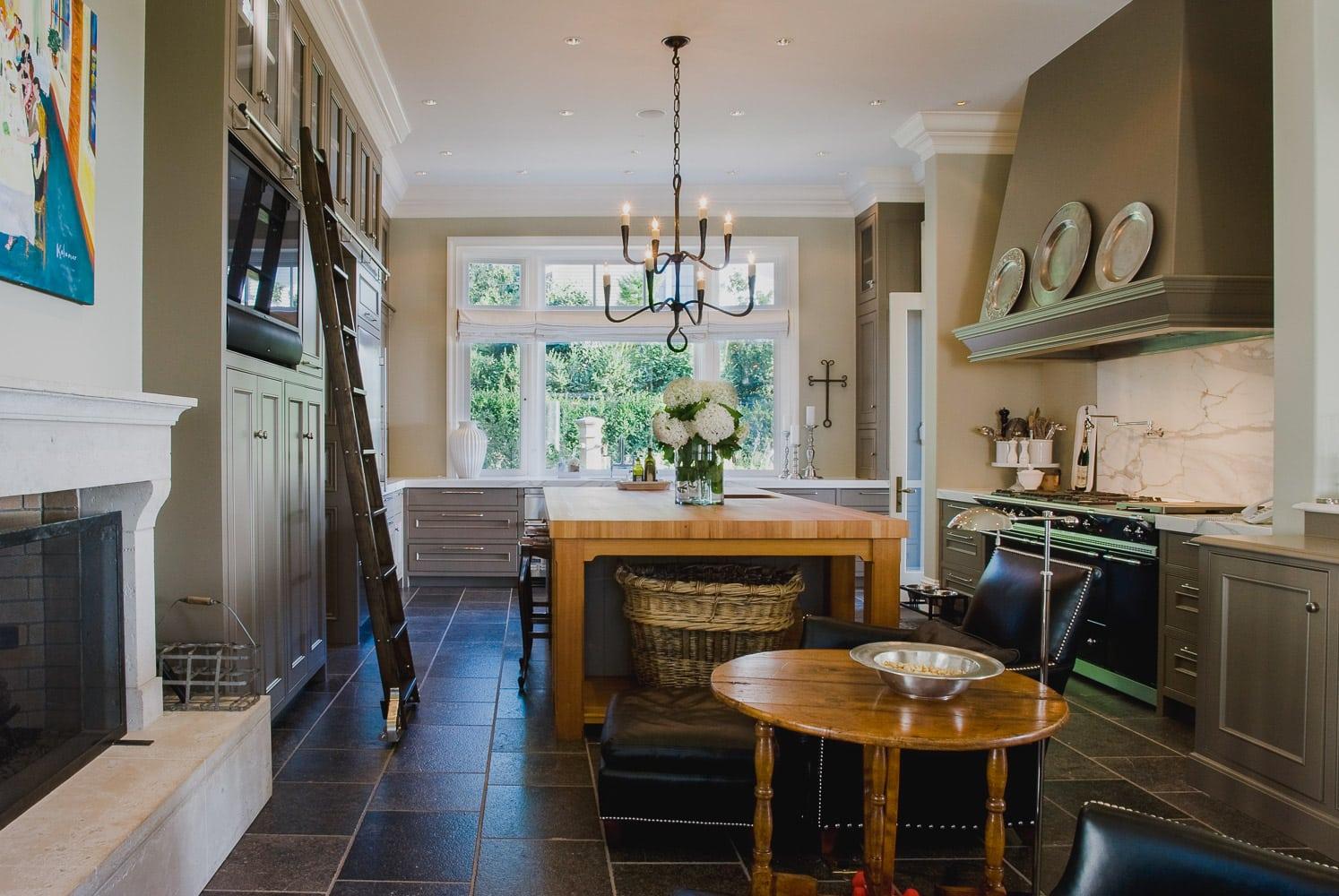 Portland Oregon | Cabinetry, Built Ins & Entryway